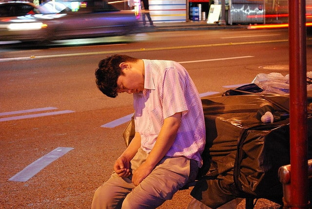 Man sleeping - How to deal with drowsiness while meditating
