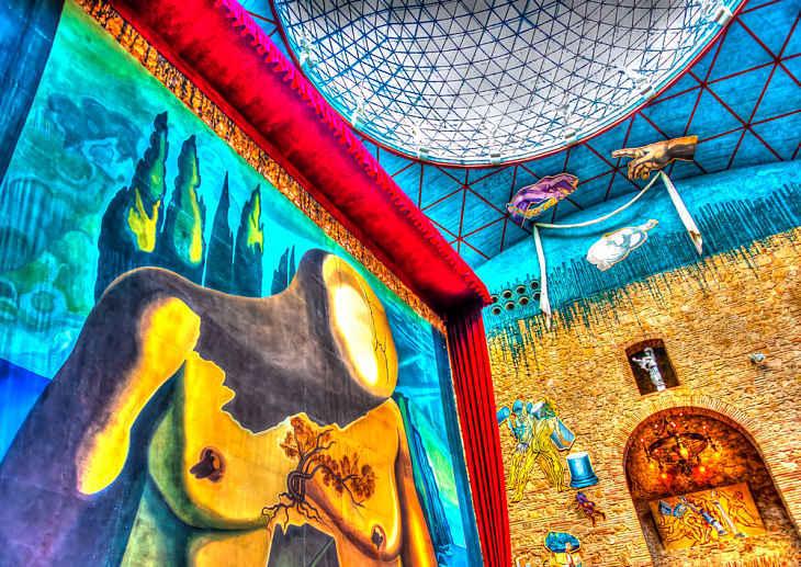 SALVADOR DALÍ: The crazy, the fantastic, the brilliant