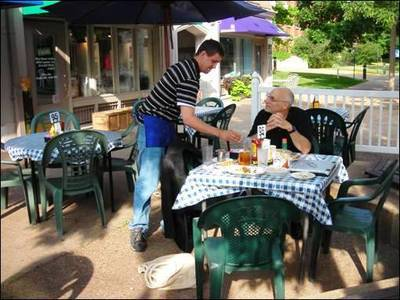 St. Louis Central West End cafe - Adieu Rivendell fiction story Part 2