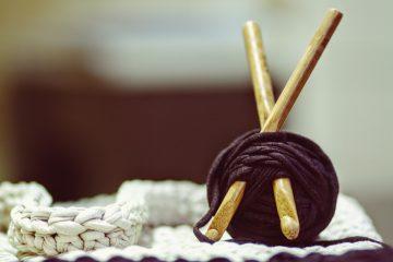 yarn knitting yarnbomb