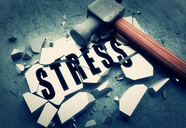 Hammer breaking stress sign