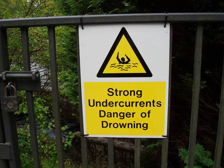 Drowning warning sign - Fiction story Saved