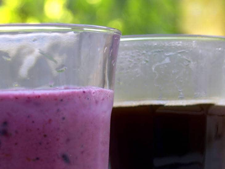 Purple smoothie - Super antioxidant smoothie recipe