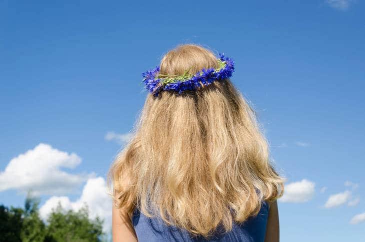 Woman wearing crown of petals - Crown of petals