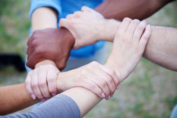 Hands connected - Neuroscience and racial attitudes