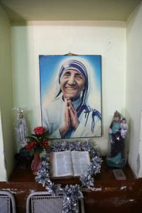 Mother Teresa photo at Shishu Bhavan house - Humour heals