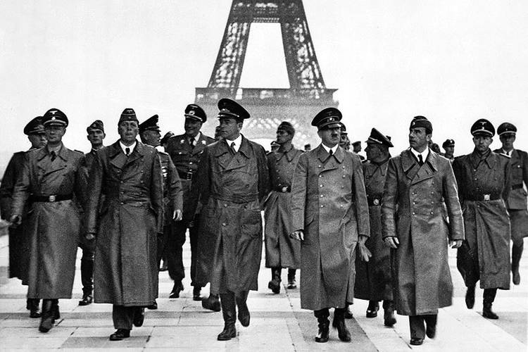 Hitler and cronies marching in front of Eiffel Tower in Paris - Your pelvis