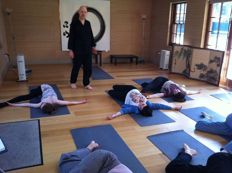 Julian Daizan Skinner teaches Zen Yoga - Boris's story
