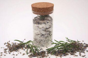 Jar of lavender sugar - Edible floral treats