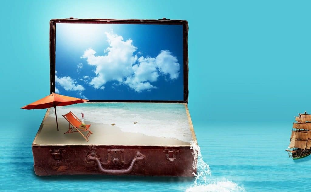 suitcase with the sea