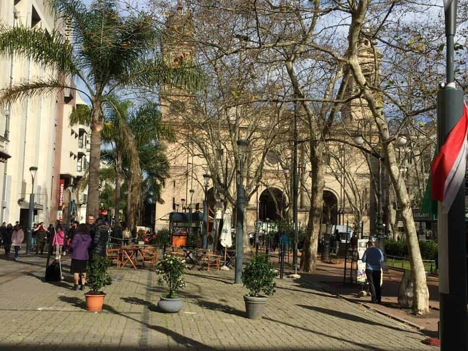 A square in Ciudad Vejas (old city) - A day in Montevideo