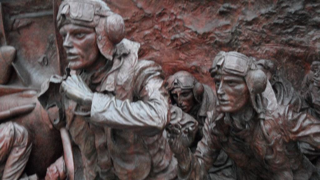 Fresco war memorial