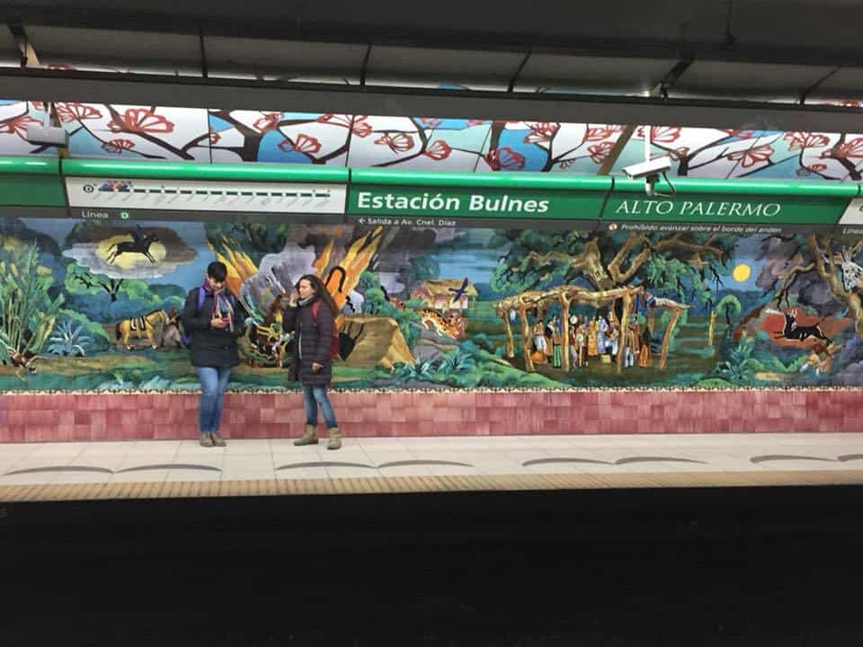 Murals in the Buenos Aires subway system - An American in Argentina