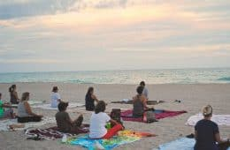 Meditators on beach - The 4 basic stages of meditation practice