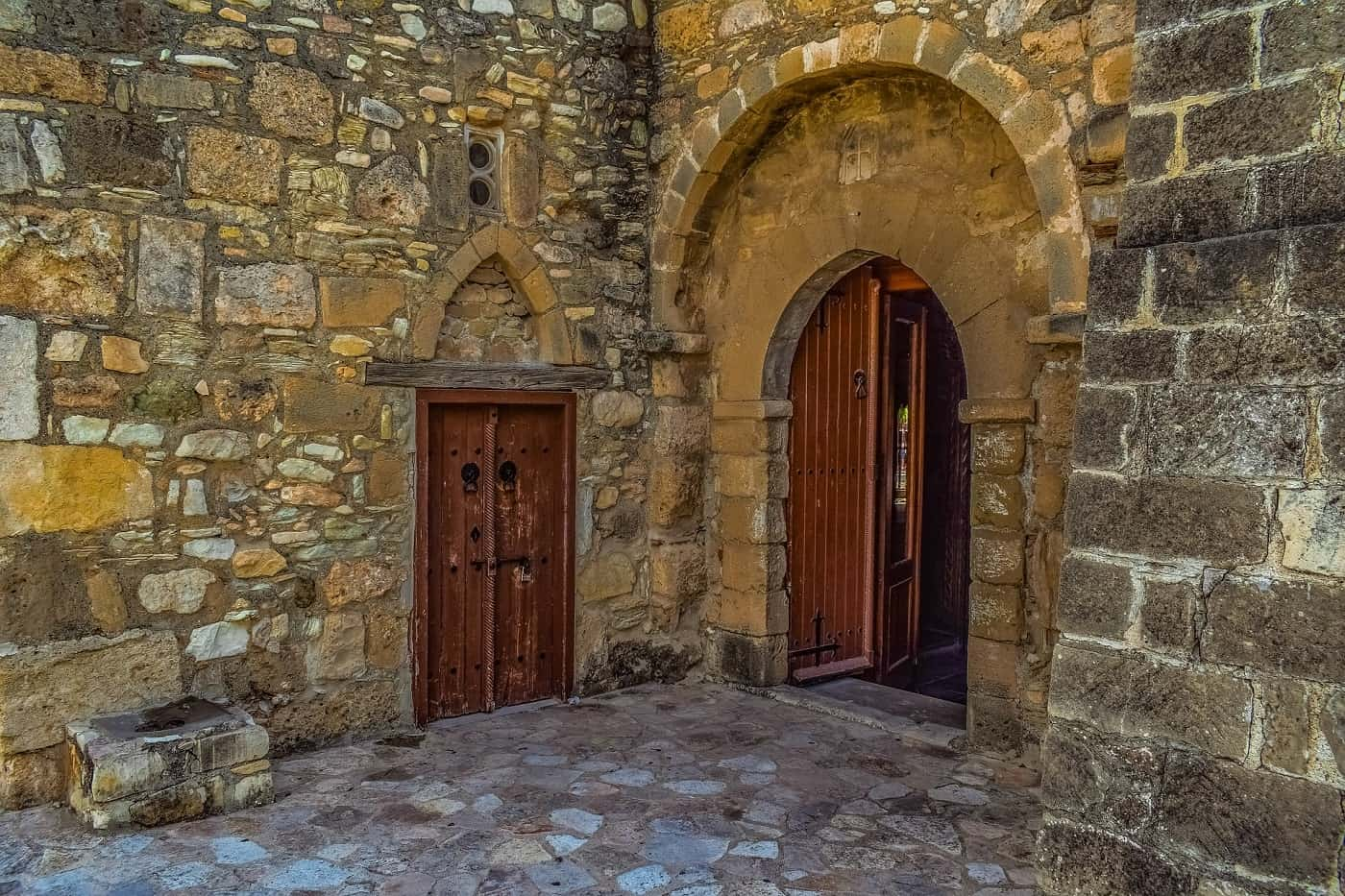 Church with door open - When separateness reigns
