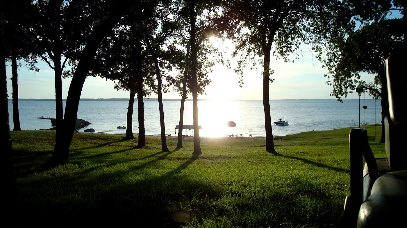 Lake Texoma - The silence of going solo