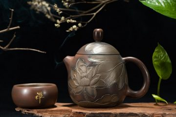 Japanese tea pot and cup